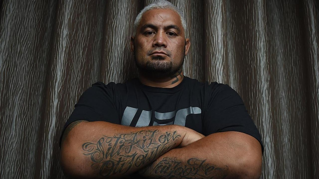 Mark Hunt Goes In On A Tattoo Artist For A Crack Up Tattoo Fail